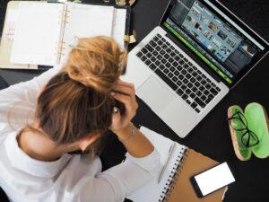 Minder werk door het coronavirus. Waar heb jij recht op als werknemer?